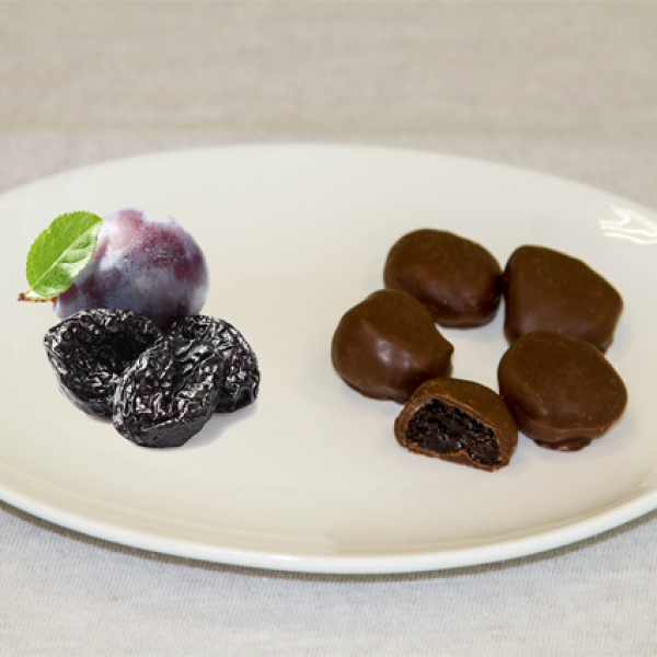 Чернослив в шоколаде